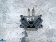 Опора двигателя задняя
